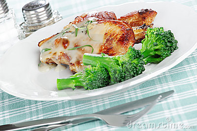 Roasted pork with broccoli