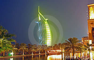 Burj Al Arab at night in Green 2
