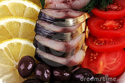 Smoked fish served with vegetables