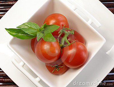 Small tomatoes with basil 2