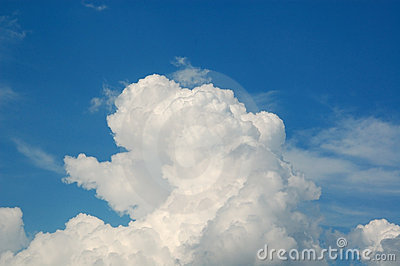 White cloud on the blue sky