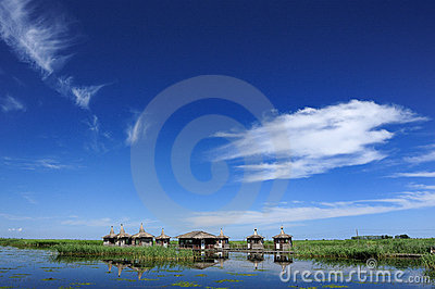 Lake, house, duckweed, blue sky and white clouds
