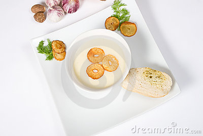 Garlic cream-soup