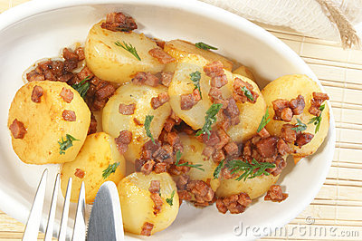 Roasted potato with bacon bits