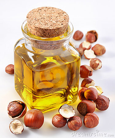 Filbert oil with nuts