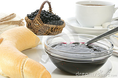 Breakfast with elderberry jam
