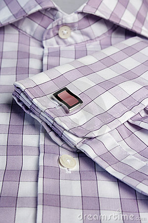 Men�s shirt with cufflinks