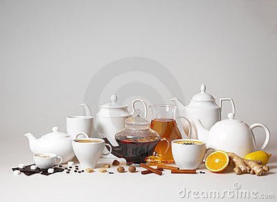 Large group of tea and coffee cups