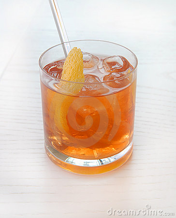 Alcoholic cocktail with whisky