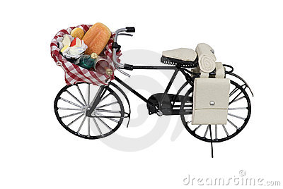 Open picnic food basket on bicycle