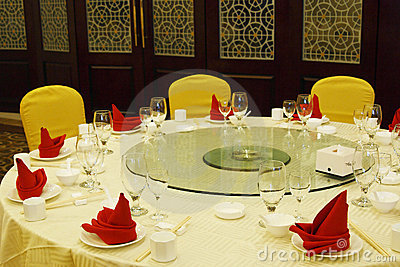 Table setting in the restaurant.