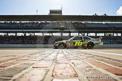 NASCAR: 3M Ford Allstate 400 at the Brickyard