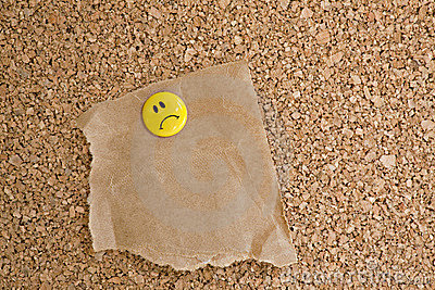 Cork bulletin board with Note