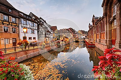 Autumnal morning in Colmar