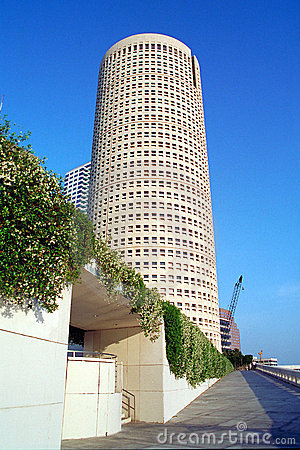 Tall round building near river in Tampa Florida