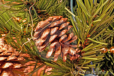 Pine Cones Christmas Tree Ornaments