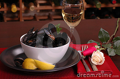Bowl of mussels in a romantic setting