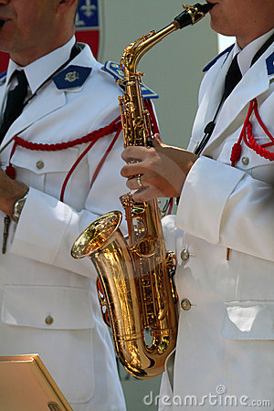 Orchestra saxophone