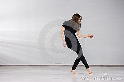 Girl dancer in movement.
