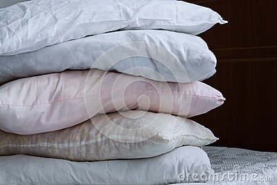 Pillow column on the bed
