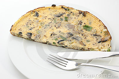 Omelet with mushroom and spring onion
