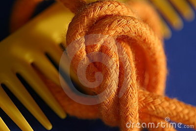 Comb and knot macro