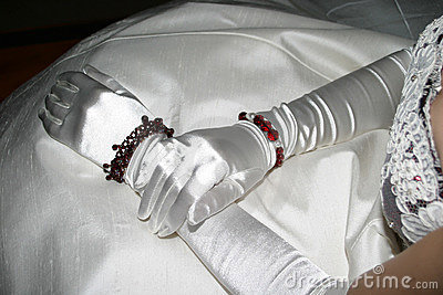 Silk Gloves