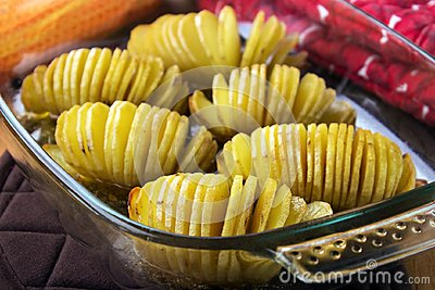 Hasselback potaoes
