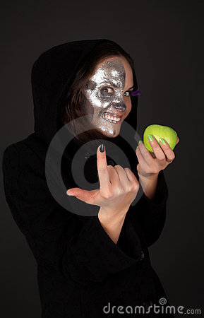 Two-faced sorceress with apple tempt