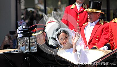 Prince Harry & Meghan MPrince Harry and Meghan Markle wedding carriage procession through streets