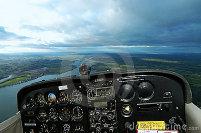 Airborne Cessna Cockpit With Paths