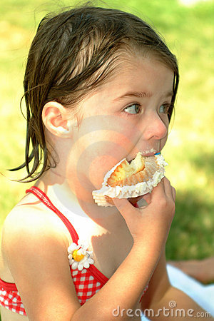 Children-Eating Cupcakes