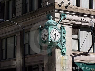 Marshall Field's Clock, Chicago