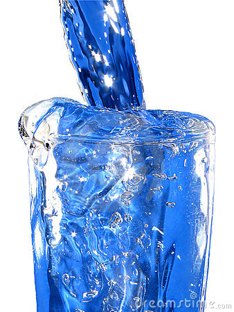 A glas of blue water