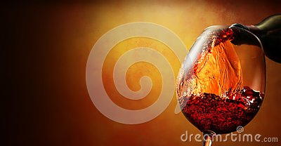 Wineglass with wine