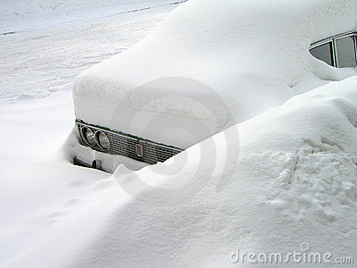 Car in the snowdrift