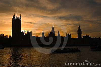 Silhouette of the houses of parliament