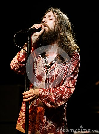 The Black Crowes Perform