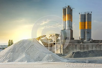 Sand destined to the manufacture of cement in a quarry