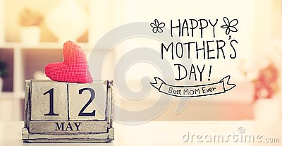 12 May Happy Mothers Day message with calendar