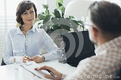 HR manager trying to increase employee motivation