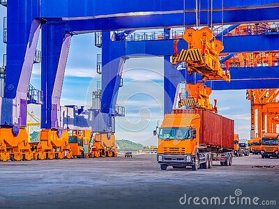 Industrial port crane lift up loading