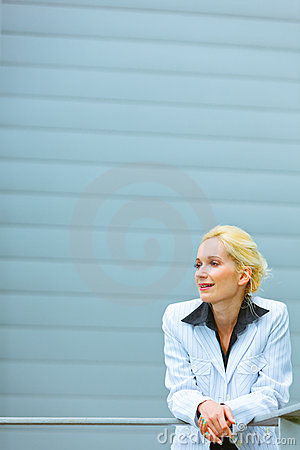Thoughtful business woman looking at copyspace