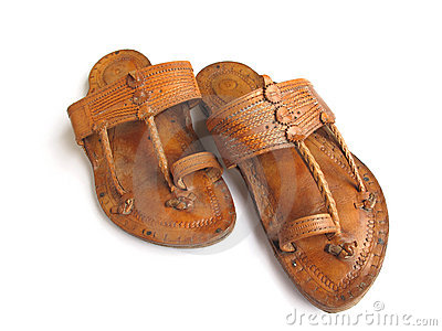 fa030c1954c6 Traditional Indian Leather Sandals