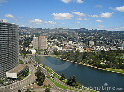 Aerial shot of Lake Merritt