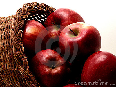 Food: Apple Basket (1 of 4)
