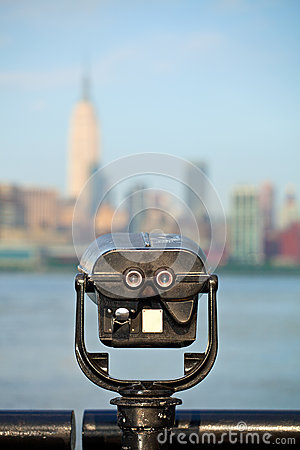 Observation deck with binoculars, view of New York city