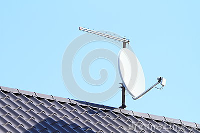 Satelite with antena