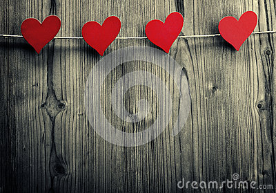 Heart-shaped clips are hanging on the rope, Valentine's Day, love wallpaper