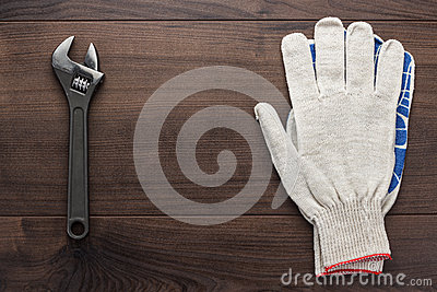 Adjustable wrench and gloves